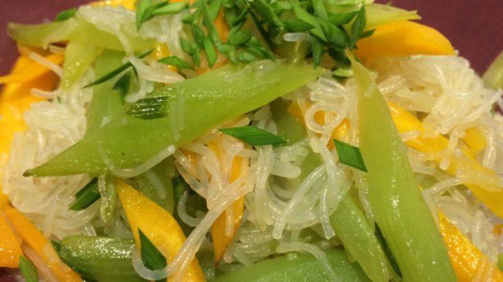 Chinesische Keule oder Spargelsalat -- sevierfertig