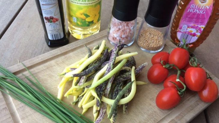 Zutaten für den Bohnen und Tomatensalat mit Balsamico Senfkorndressing